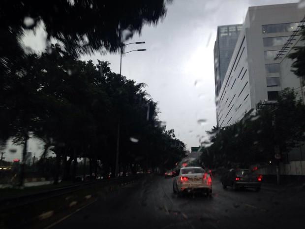 Marginal Pinheiros também foi afetada nesta tarde (Foto: Cíntia Acayaba/G1)