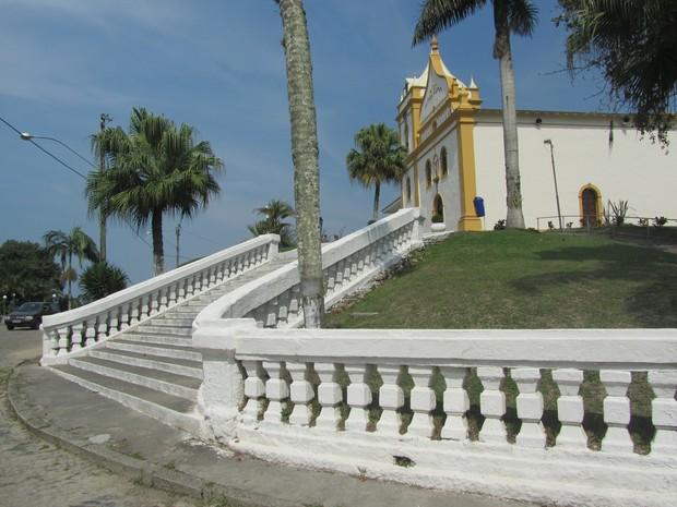 Igreja Matriz de Nossa Senhora do Pilar fica no ponto mais alto de Antonina (Foto: Pedro Mathias / Arquivo Pessoal)