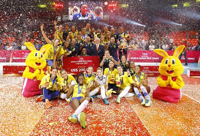 Brasil campeão grand prix 2016 vôlei (Foto: Divulgação/FIVB)