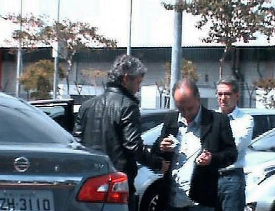 Frederico Neves recebe  propina (Foto:  Agência O Globo)