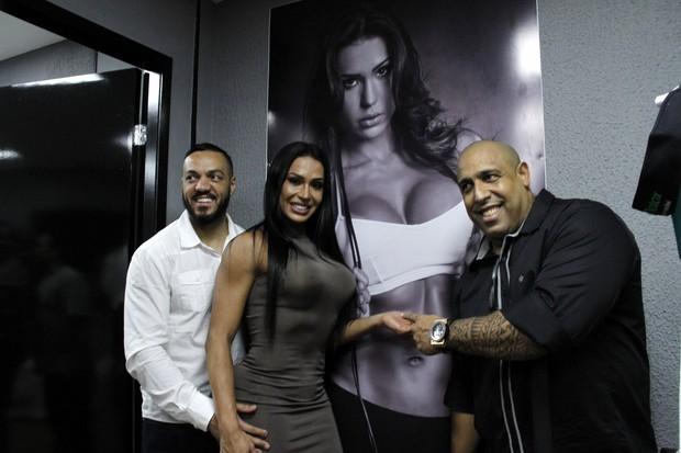 Belo, Gracyanne Barbosa e Xande Negão (Foto: Marcos Ferreira/ Brazil news)