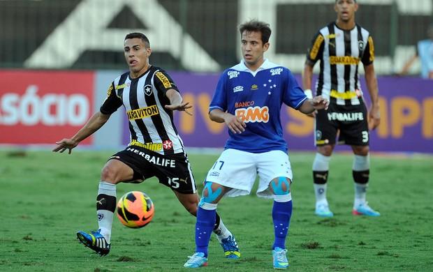 Gabriel e Everton Ribeiro, Botafogo x Cruzeiro (Foto: Luciano Belford/Agência Estado)