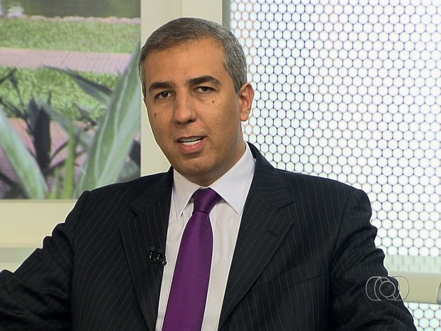 VICE-GOVERNADOR DE GOIÁS ACABA DE SER BALEADO DURANTE CARREATA