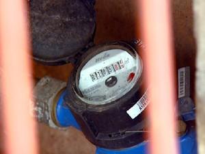 Americana tem aumento do número de hidrômetros em casas e empresas (Foto: Reprodução EPTV)