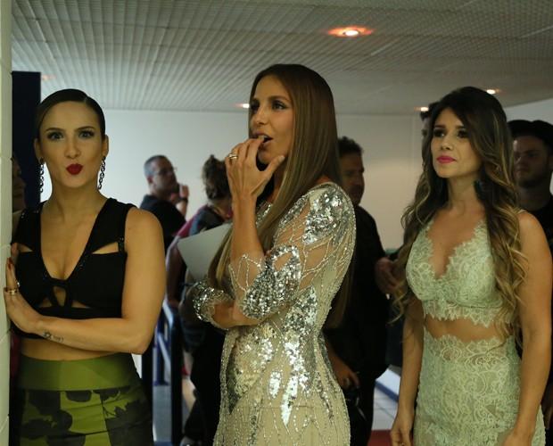 Claudia Leitte, Ivete Sangalo e Paula Fernandes capricham nas caras e bocas (Foto: Carol Caminha/ Gshow)
