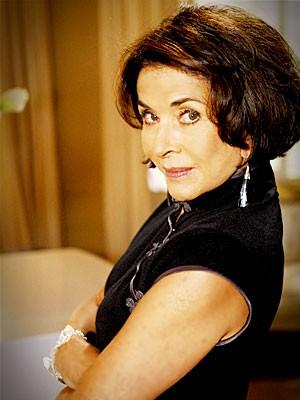 Betty Faria entra na trama como Pilar, a mãe de Alexia (Foto: Divulgação / TV Globo)