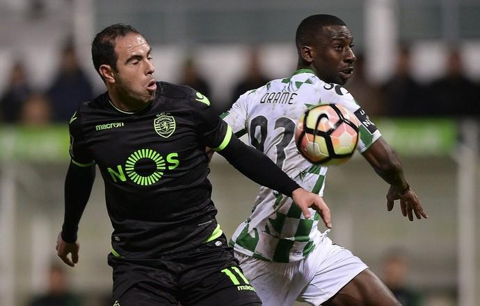 Bruno César em ação pelo Sporting (Foto: EFE)