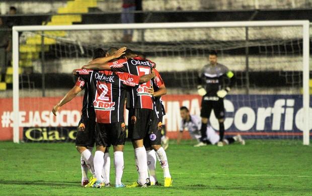 Comemoração Joinville 1 x 0 ASA (Foto: Ailton Cruz/Gazeta de Alagoas)
