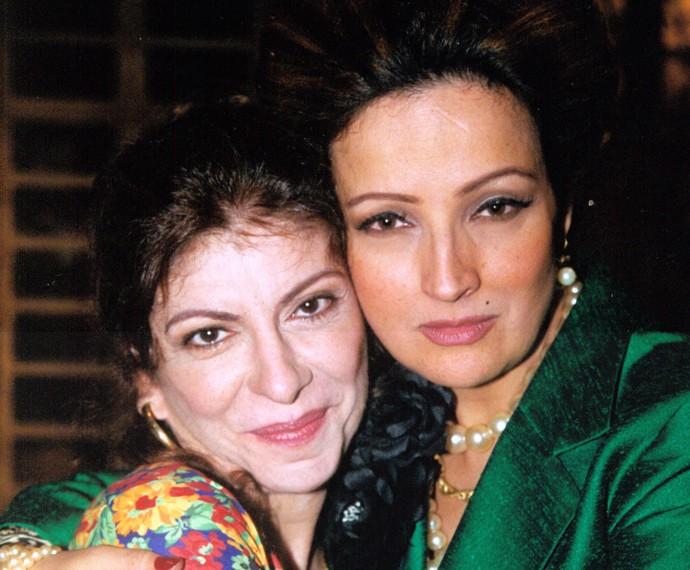 Com a atriz Betty Lago, Marília Pêra atuou em 'Brava Gente' (Foto: Cedoc / TV Globo)