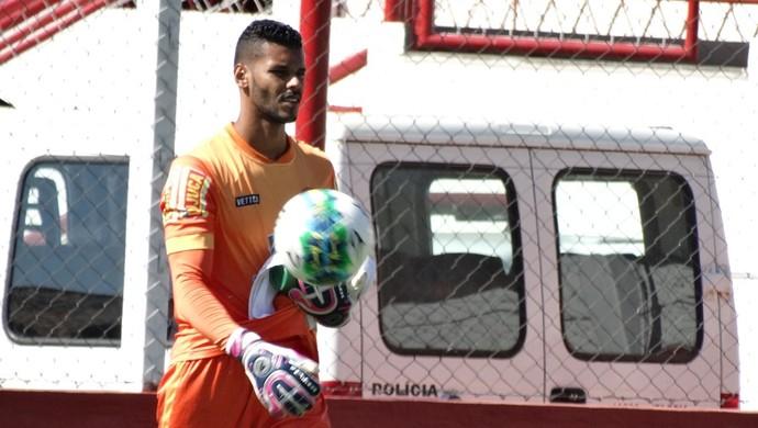 Darley Tombense goleiro (Foto: Bruno Ribeiro)