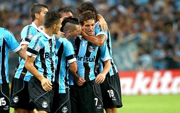 Elano comemora gol do Grêmio contra a LDU Libertadores (Foto: Lucas Uebel / Site Oficial do Grêmio)