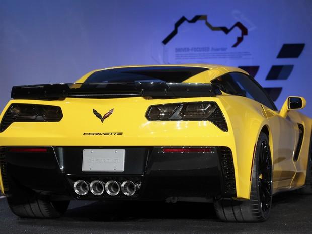 GM Corvette Z06 foi apresentado nesta segunda-feira (13), no Salão de Detroit (Foto: REUTERS/Rebecca Cook)