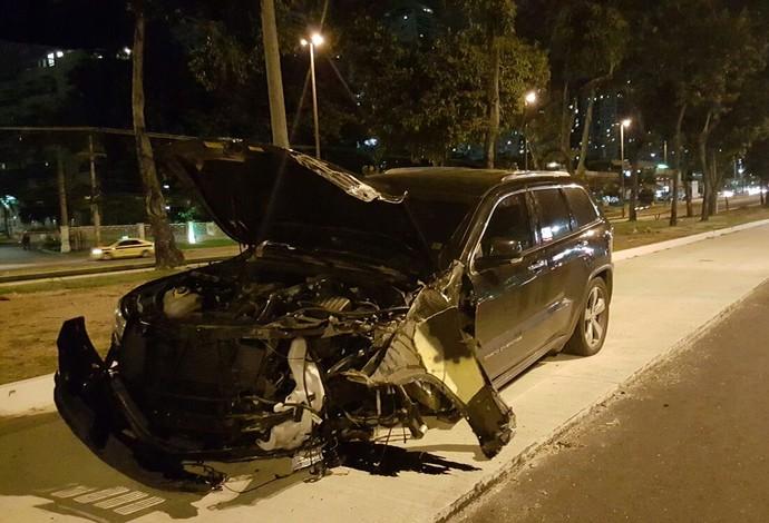 carro Andrezinho acidente Vasco (Foto: Felipe Schmidt)