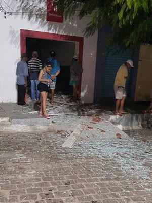 Crime aconteceu na madrugada desta sexta (11) em Ruy Barbosa (Foto: Conceição Ambrósio da Silva)