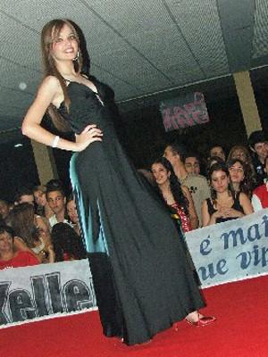 Fernanda chegou a desfilar em concursos antes de ganhar peso (Foto: Arquivo pessoal)