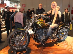 Harley-Davidson CVO Breakout (Foto: Rafael Miotto/G1)