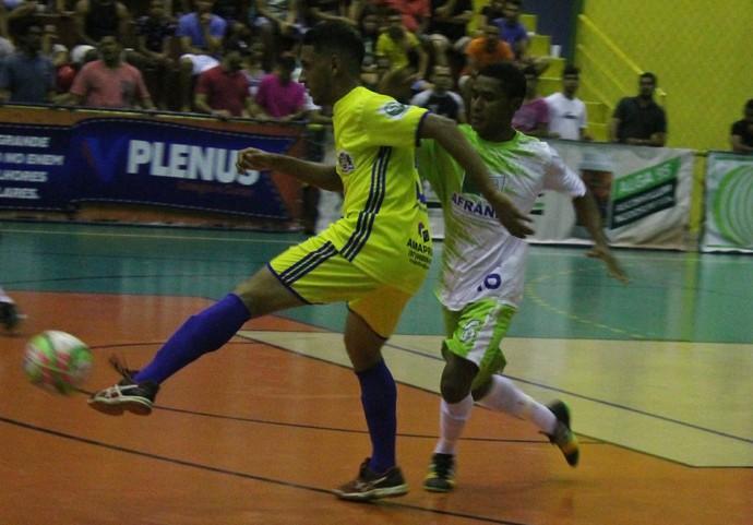 Cabrobó x Afrânio, Copa TV Grande Rio de Futsal (Foto: Emerson Rocha)
