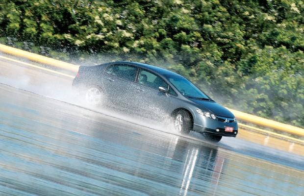 Honda Civic (Foto: Ivan Carneiro/Autoesporte)
