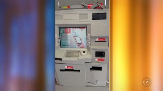 Homens são presos após tentativa de furto à caixa eletrônico em Mirassol