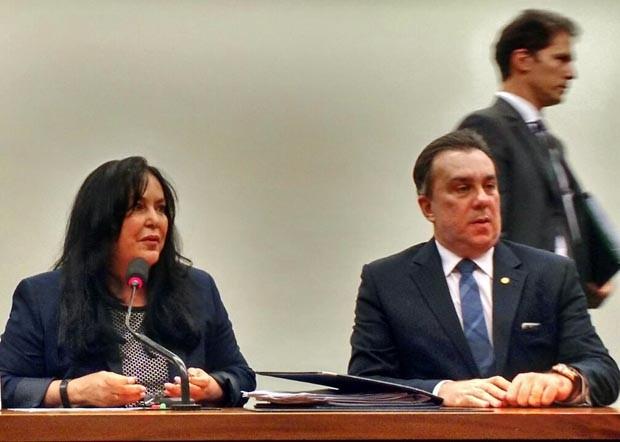A presidente da Comissão Mista de Orçamento, Rose de Freitas (Foto: Laís Alegretti / G1)