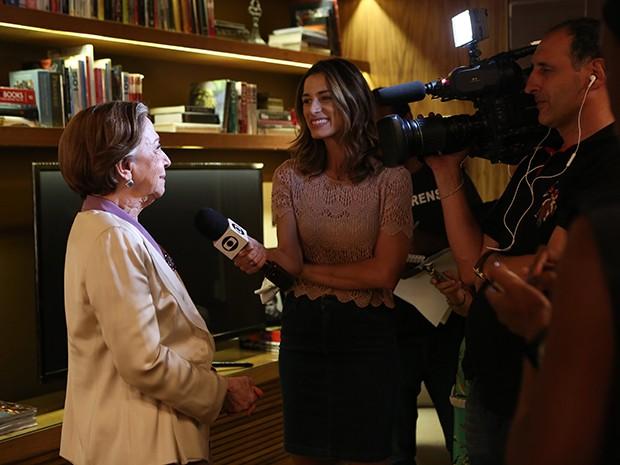 Dona Fernanda é entrevistada durante a coletiva de Babilônia (Foto: Carol Caminha / Gshow)