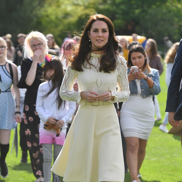 Kate Middleton usa vestido branco (Foto: Getty Images)