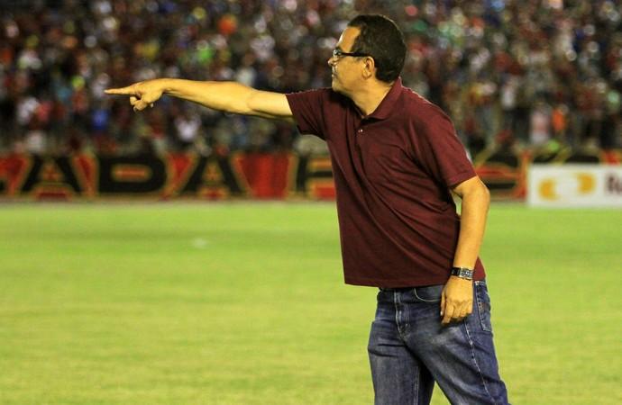 Francisco Diá, treinador do Campinense (Foto: Nelsina Vitorino / Jornal da Paraíba)