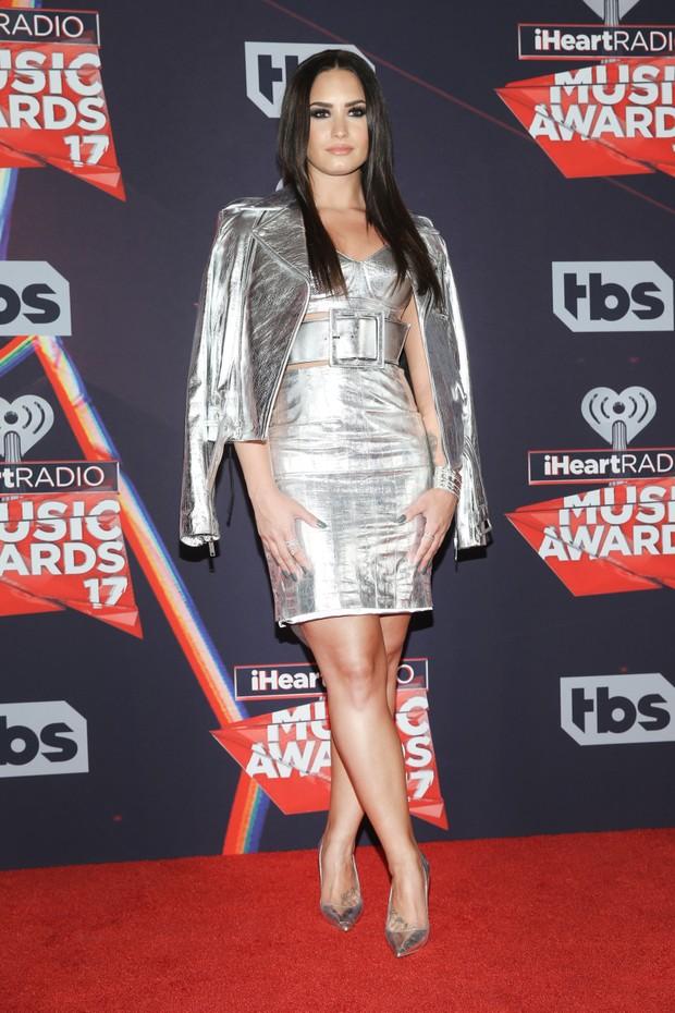 Demi Lovato em prêmio de música na cidade de Inglewood, na Califórnia, nos Estados Unidos (Foto: Jesse Grant/ Getty Images/ AFP)
