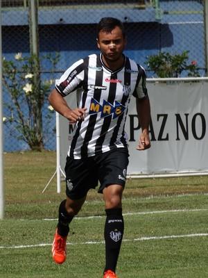 Felipe Augusto Tupi-MG (Foto: Bruno Ribeiro)