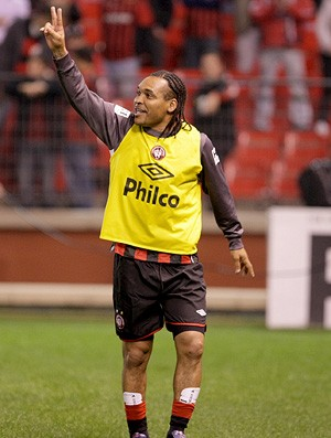 claiton, jogador do atlético-pr (Foto: Divulgação)