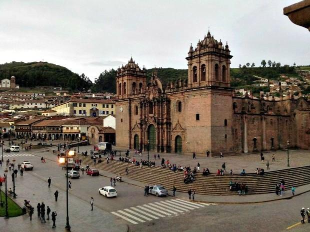 Diana adorou os prédios da cidade peruana (Foto: Diana Bastos / Arquivo Pessoal)