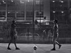 Neymar e Medina disputam partida de futebol em comercial de refrigerante