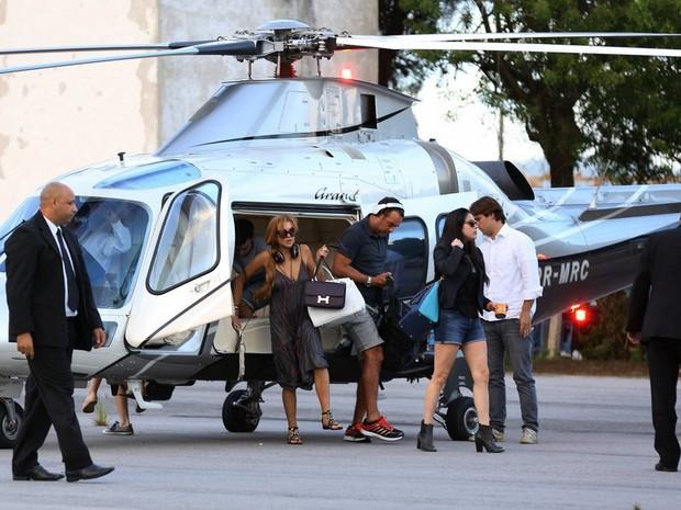 Lindsay Lohan desembarca em Florianópolis (Foto: AgNews)