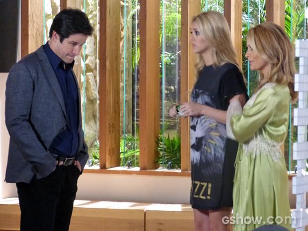 Pamel fica surpresa com atitude da filha (Foto: Geração Brasil / TV Globo)