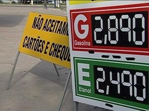 Preço da gasolina em posto de Linhares (Foto: Reprodução/ TV Gazeta)