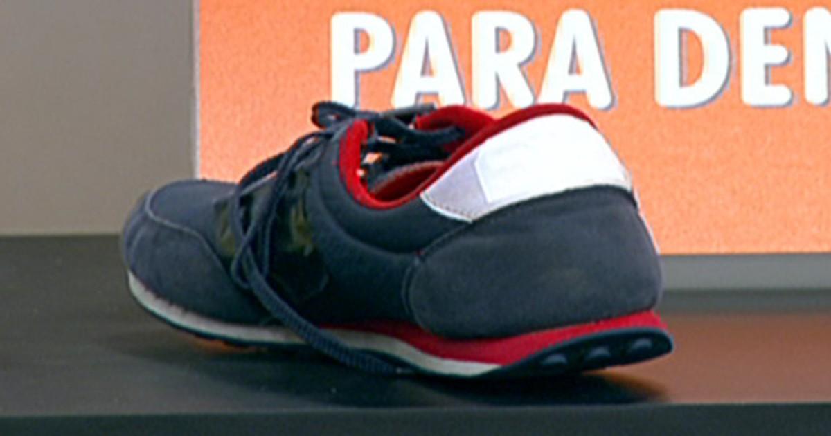 9d385b450 Bem Estar - Observar a sola dos sapatos ajuda a identificar deformidades  nos pés