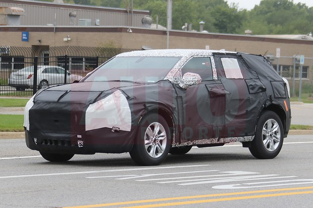 Novo Chevrolet Blazer flagrado em testes nos EUA (Foto: Automedia)