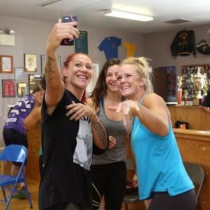 Cris Cyborg; Holly Holm; Miesha Tate (Foto: Divulgação)
