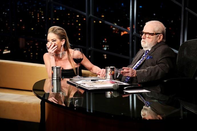 Não faltou bom humor nessa entrevista! (Foto: Rodrigo Peixoto/Gshow)