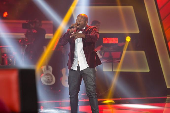 Lui empolgou a plateia no 'The Voice Brasil' (Foto: Artur Menina / Gshow)