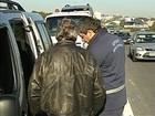 Fiscais apreendem veículos por transporte irregular em Sorocaba, SP
