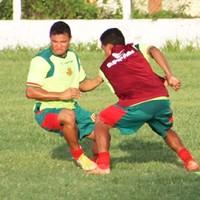 Com baixa de Eloir, Cleitinho deve assumir a vaga na equipe (Foto: Divulgação/Site do Sampaio)