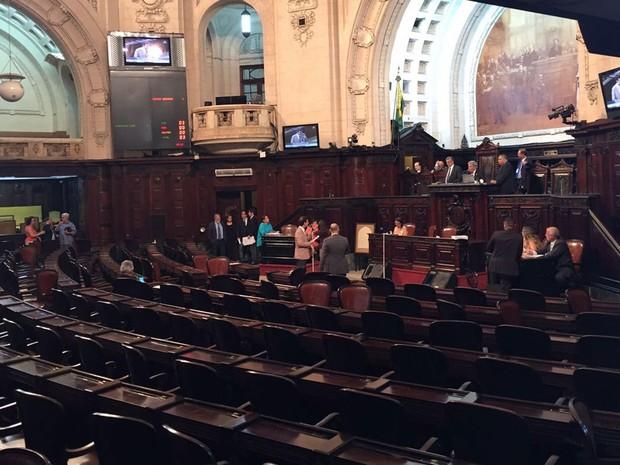 Cadeiras vazias no plenário da Alerj, no Centro (Foto: Divulgação )