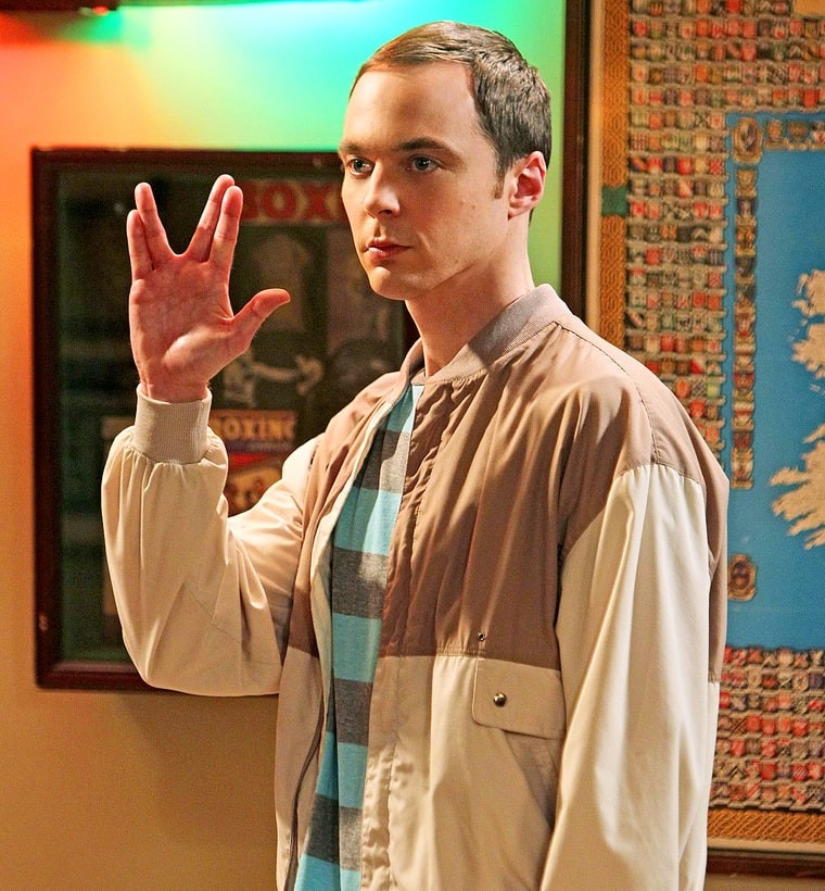 "Jim Parsons no set de ""The Big Bang Theory"" (Foto: Reprodução)"