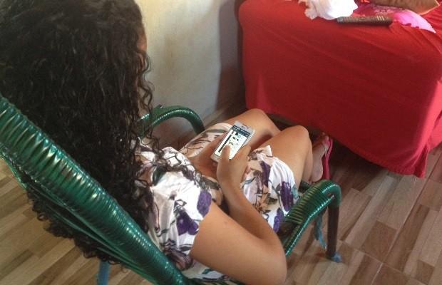 Adolescente de 17 anos diz que sido vítima de estupro coletivo em Indiara, Goiás (Foto: Sílvio Túlio/G1)