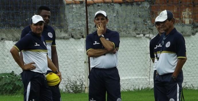 Paulo Roberto Santos, técnico do São Bento (Foto: Emílio Botta)