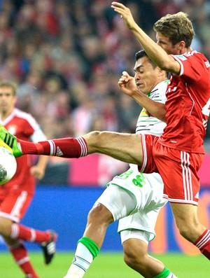 Muller Bayern de Munique e Borussia Moenchengladbach (Foto: Agência Reuters)