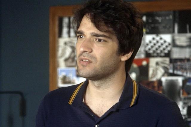 Humberto Carrão é Tiago em 'A lei do amor' (Foto: Reprodução)