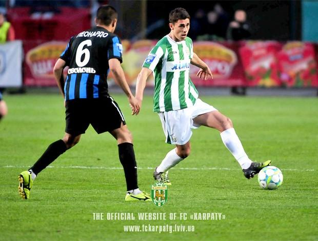 Danilo Avelar em ação pelo Karpaty (Foto: Site oficial do Karpaty)