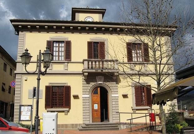 Cidade italiana de Rignano Sull Arno: suspeitas de esquema de passaporte para brasileiros (Foto: Reprodução/Facebook)
